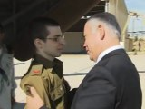 Gilad Shalit rencontre Netanyahu , Barak, Noam  a Tel Nof IAF base