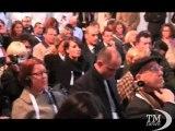 """Expo 2015, bandiere del mondo sventolano a Milano: inizia l'IPM. Cerimonia piovosa, Formigoni: """"Expo bagnata, Expo fortunata"""""""