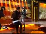 Tablo-(Epik-High)-ft-TaeYang-(BigBang)-Tomorrow-_-Comeback-Stage-1-2[www.savevid.com]