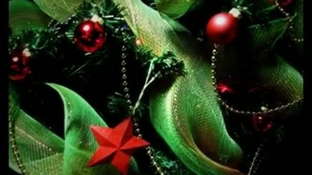 Some Traditional Decoration Ideas for Christmas Trees