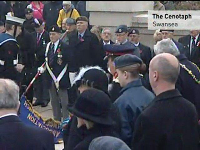 ARMISTICE DAY: Britain remembers war dead