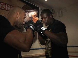 100%FIGHT 7 - la pesée des combattants