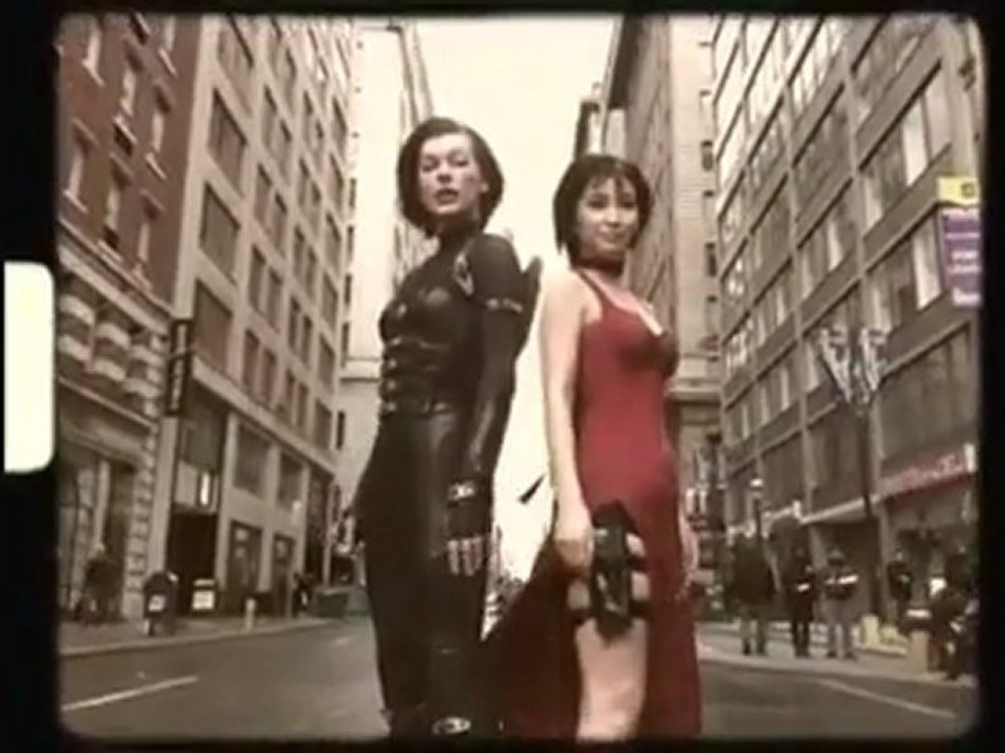 Resident Evil Retribution Ada Wong And Alice On Set Video