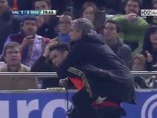 La très démonstrative joie de Mourinho