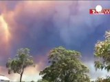 Battle to contain Western Australia bush fires
