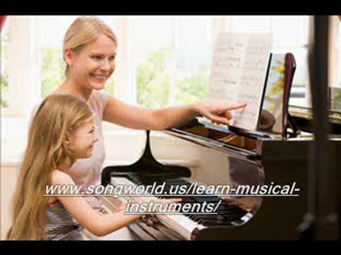 Learn Piano in 1 year - Major Chords without black notes - Week 2