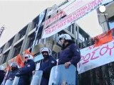 Evacuation de force de syndicalistes grecs à Athènes