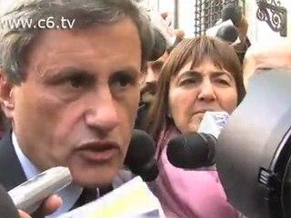 Approvato decreto Roma Capitale. Alemanno:'Ce l'abbiamo fatta nonostante la Lega Nord'
