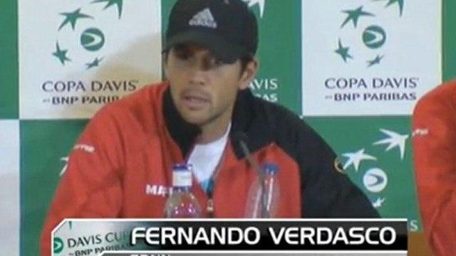 Argentina keep Davis Cup hopes alive