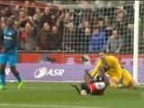 Feyenoord dent PSV title hopes