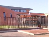 Le tout nouveau Lycée Polyvalent du Parc des Loges (Évry)