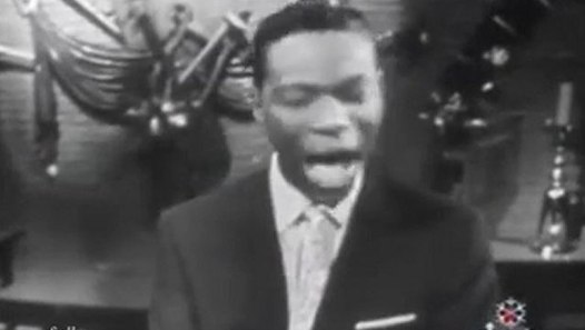 NAT KING COLE '1946' - The Christmas Song - video dailymotion