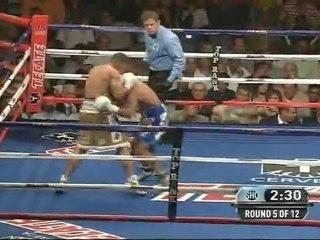 Juan Manuel Lopez vs Orlando Salido I