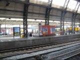 gare amsterdam 1 départ train de banlieue
