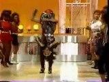 Onra does Soul Train