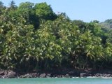 Le tour complet des îles du Salut en catamaran