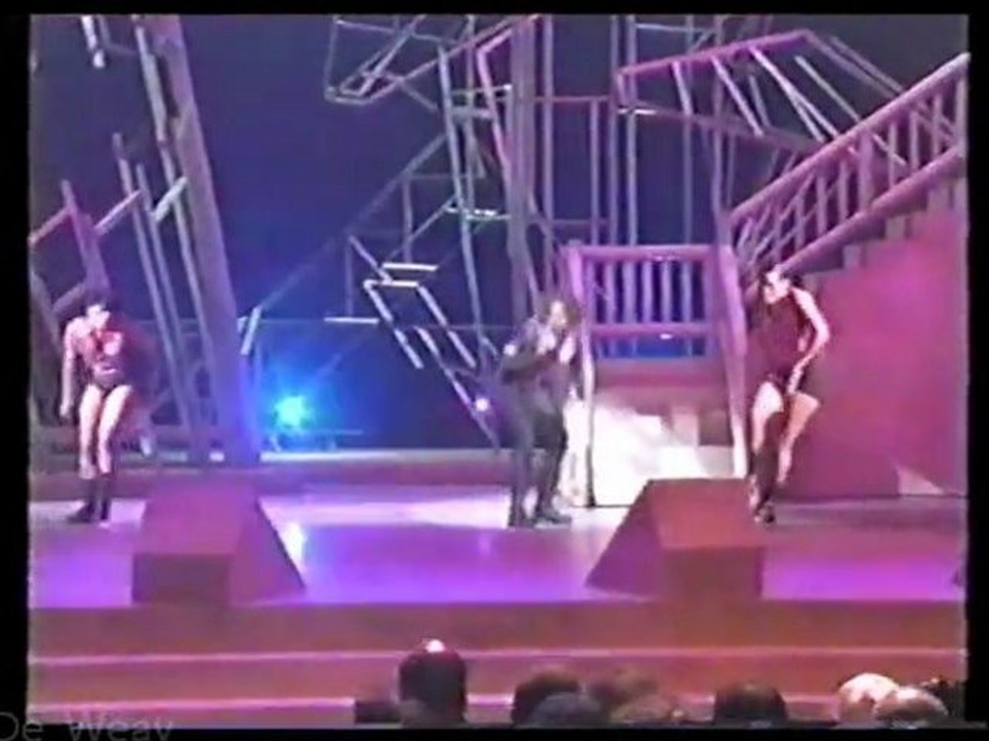 Mary J. Blige - Real Love (live on 1993 Soul Train Awards)
