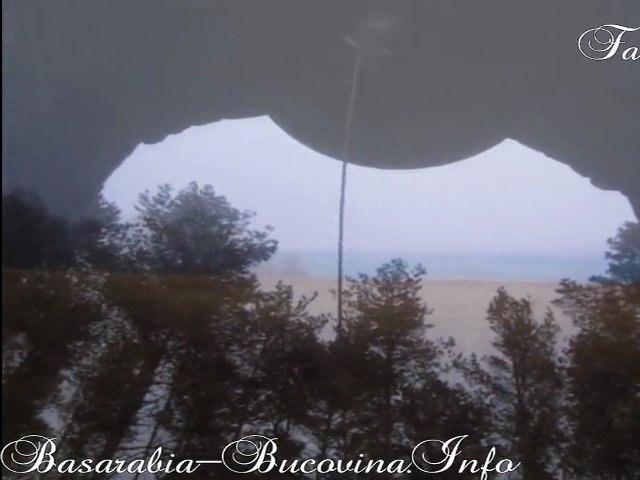 Pe locul masacrului de la Fantana Alba - Basarabia-Bucovina.Info