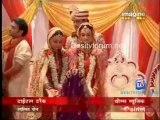 Baba Aiso Var Dhoondo - 25th January 2012 Video Watch Online Pt1