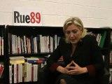 Marine Le Pen face aux riverains (25/01/2012) - Déremboursement de l'IVG