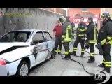 Torino, appiccavano incendi per divertimento: cinque arresti. Piromani dediti anche a spaccio di droga e rapine a prostitute