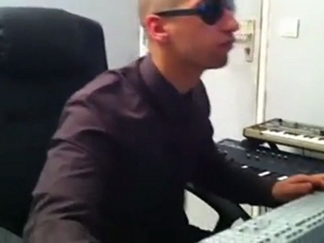 SofKar - Prod in studio CRUNK US (4 minutes) !!!