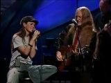 Willie Nelson & Shania Twain - Blue Eyes Crying In The Rain