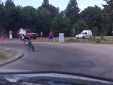 Ben Day passes his 1' and 2' minute men in 2012 Tour de San Luis time trial
