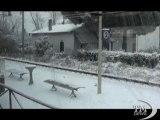 Provincia di Milano sotto la neve: scenari siberiani -VideoDoc. Hinterland e Magentino, scene da una nevicata