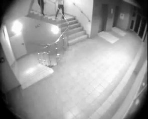 regis vs escalier
