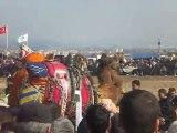 İzmir Torbalı Özbey deve güreşleri 05/02/2012