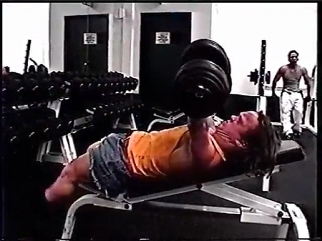 BODYBUILDING 2000 - MIGHTY MIKE - MPEG4