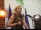 Marine LEPEN: Dérapages en Réunion (RFO JT - 08/02/2012)
