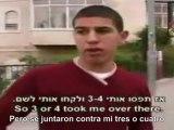 El ocupante maltrata a los niños palestinos