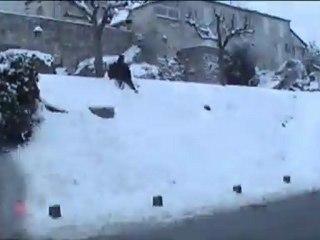 """"""" Régix à la neige """"  remix à la Benny Hill 2012"""