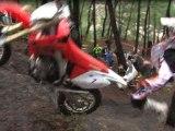 Le meilleur pilote moto du monde est-il Botswanais? ( video officielle moto journal )