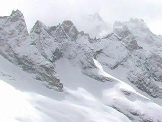 Refuge du Promontoire à 3092 mètres