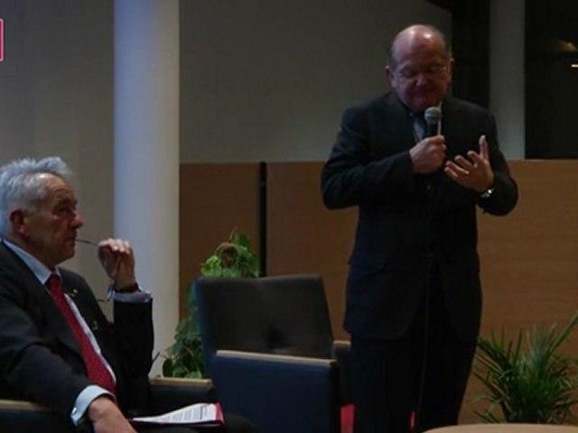 Réunion Politique Sarzeau - Les Origines de la Crise