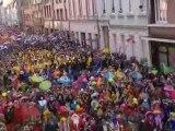 Carnaval de Dunkerque 2012 : la bande et le jet de harengs
