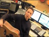 PERRY ROSE tests new song on animals...