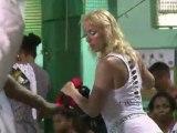 Brésil: des Européens venus vivre le carnaval de Rio de Janeiro de l'intérieur