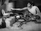Engal Kula Deivam - Baby Sridevi Playing with Nagamma