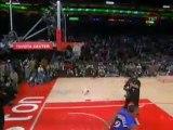 Eurosport / Andre Iguodala - NBA Slam Dunk Contest 2006 -  Behind the glass