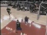 Eurosport / Vince Carter -  2000 Slam Dunk Contest Champion - It's over dunk
