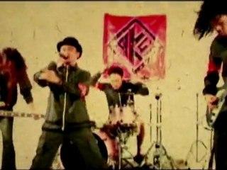 AK-47 –  « Unstoppable » – Le clip