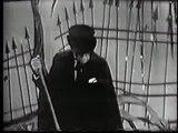 Boris Karloff Carol Burnett sing