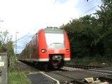BR 425 von Bad Honnef nach Linz am Rhein bei Rheinbreitbach
