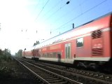 BR143 schiebt Dostos von Linz am Rhein nach Bad Honnef bei Rheinbreitbach