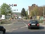 BR152 in Bonn mit Schüttgutwagen nach Köln und BR146 mit Dostos nach Koblenz