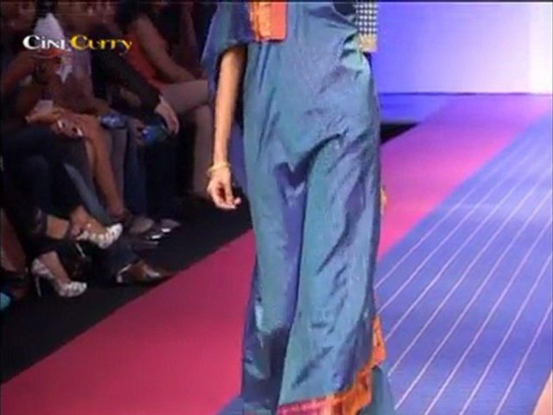 Lakmé Fashion Week 2012: Paromita Banerjee/Soumitra/Deepika Govind